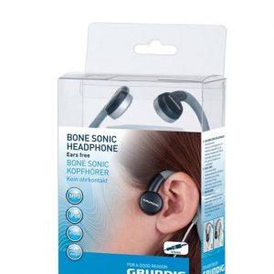 אוזניות גרונדיג ליד האוזן סוניק
